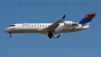 N932CA - Bombardier CRJ-100ER - Delta Connection (Comair)