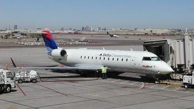 N453SW - Bombardier CRJ-200ER - Delta Connection (SkyWest Airlines)