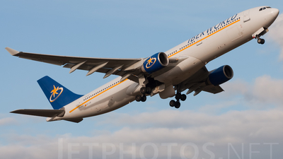 EC-IJH - Airbus A330-321 - Iberworld Airlines