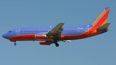 N676SW - Boeing 737-3A4 - Southwest Airlines