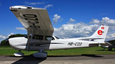 A picture of HBCZO - Cessna 172S Skyhawk SP - [172S10067] - © Sandy Siegenthaler