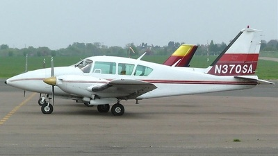 A picture of N370SA - Piper PA23250 Aztec - [278054005] - © Steve Rooney