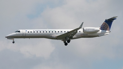 N13202 - Embraer ERJ-145XR - Continental Express (ExpressJet Airlines)