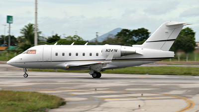 N241N - Bombardier CL-600-2B16 Challenger 601-3A - Private