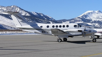 A picture of N97SZ - Beech B200 Super King Air - [BB1166] - © mike evans
