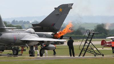 ZA458 - Panavia Tornado GR.4 - United Kingdom - Royal Air Force (RAF)