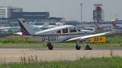 A picture of DECDT - Piper PA28R201T Turbo Cherokee Arrow III - [28R7803150] - © Connector