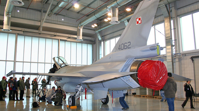4062 - Lockheed Martin F-16C Fighting Falcon - Poland - Air Force