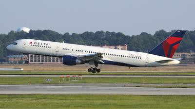 N622DL - Boeing 757-232 - Delta Air Lines