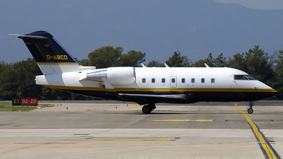 D-ABCD - Bombardier CL-600-2B16 Challenger 604 - Cirrus Aviation