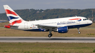 A picture of DAUAF - Airbus A320 - Airbus - © Robert Budde