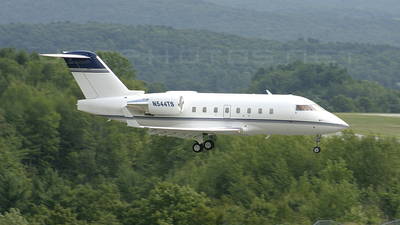N544TS - Bombardier CL-600-2B16 Challenger 604 - Private
