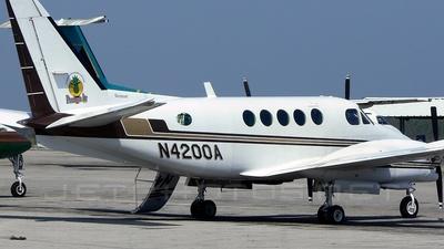 A picture of N4200A -  - [] - © Stephen B. Aranha