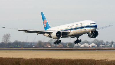 B-2070 - Boeing 777-21B(ER) - China Southern Airlines