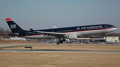 N272AY - Airbus A330-323 - US Airways