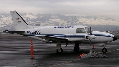 A picture of N66859 - Piper PA31350 - Ameriflight - © mike evans