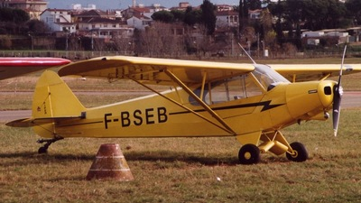 F-BSEB - Piper PA-18-150 Super Cub - Private
