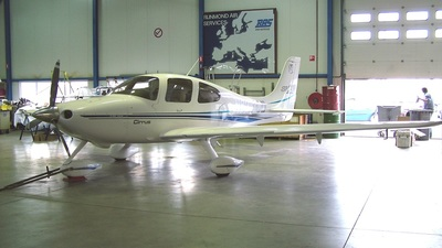 N827CD - Cirrus SR22 - Private