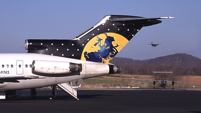 N69742 - Boeing 727-224(Adv) - Planet Airways