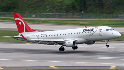 N615CZ - Embraer 170-200LR - Northwest Airlink (Compass Airlines)