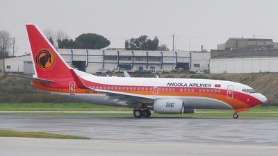 D2-TBJ - Boeing 737-7M2 - TAAG Linhas Aéreas de Angola