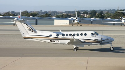 N327R - Beechcraft B300 King Air 350 - Private