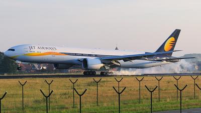 VT-JEJ - Boeing 777-35RER - Jet Airways