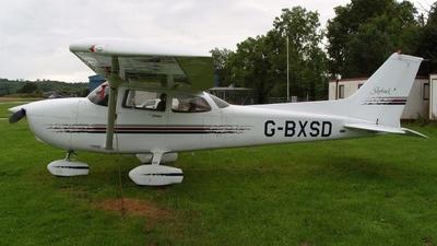 A picture of GBXSD - Cessna 172R Skyhawk - [17280310] - © Glyn Charles Jones