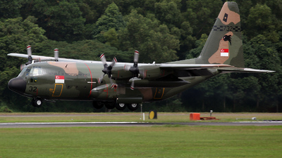 732 - Lockheed C-130H Hercules - Singapore - Air Force