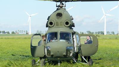 60 - PZL-Swidnik Mi-2 Hoplite - Private