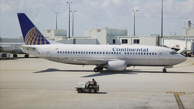 N12313 - Boeing 737-3T0 - Continental Airlines
