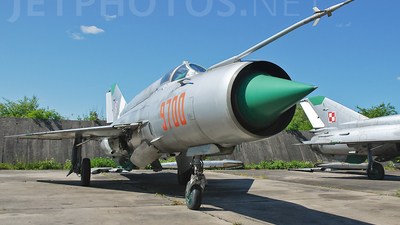 9700 - Mikoyan-Gurevich MiG-21bis Fishbed L - Poland - Air Force