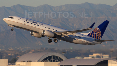 N27205 - Boeing 737-824 - Continental Airlines