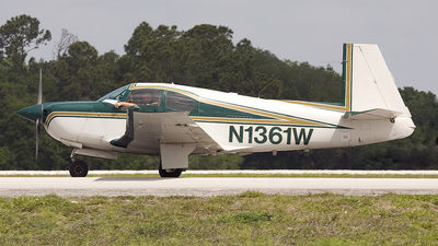 A picture of N1361W -  - [] - © Bob Wood