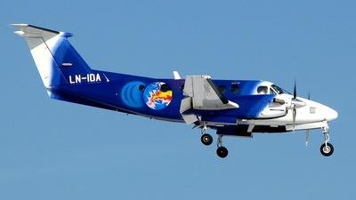 LN-IDA - Beechcraft B200 Super King Air - Titan Airways