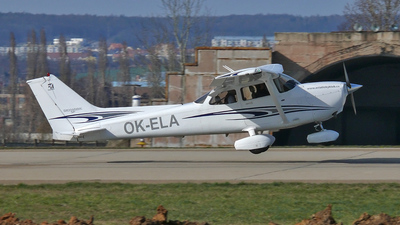 A picture of OKELA - Cessna 172S Skyhawk SP - [172S10002] - © Vojta Jahoda