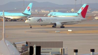 JA8397 - Boeing 767-346 - Japan Airlines (JAL)