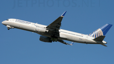 N57111 - Boeing 757-224 - Continental Airlines