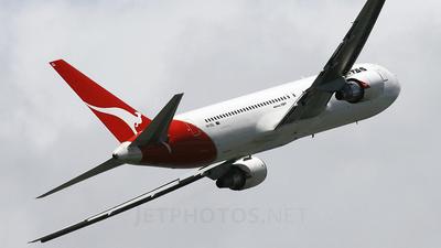 VH-OGL - Boeing 767-338(ER) - Qantas
