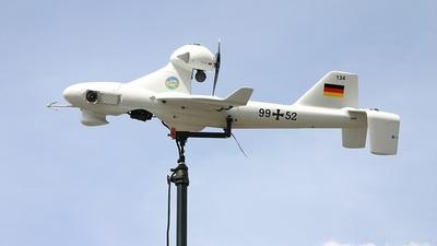 Luna X-2000 aviation photos on...