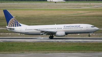 N26226 - Boeing 737-824 - Continental Airlines