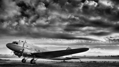 6157 - Douglas C-47A Skytrain - Portugal - Air Force