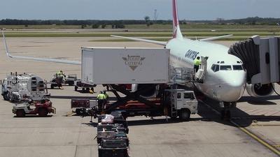 VH-VXA - Boeing 737-838 - Qantas