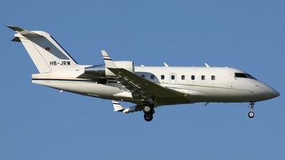 HB-JRW - Bombardier CL-600-2B16 Challenger 604 - Comlux Aviation