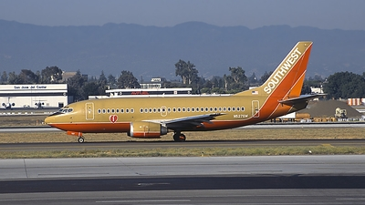 N527SW - Boeing 737-5H4 - Southwest Airlines