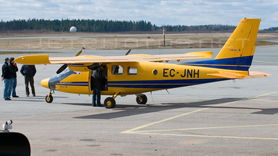 A picture of ECJNH - Vulcanair P68 - [42827OB2] - © Jussi Seppälä