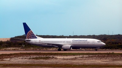 N37253 - Boeing 737-824 - Continental Airlines