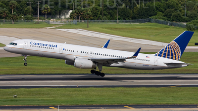 N14107 - Boeing 757-224 - Continental Airlines