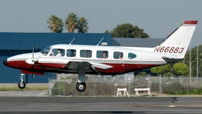 A picture of N66883 -  - [] - © Stephen Tornblom