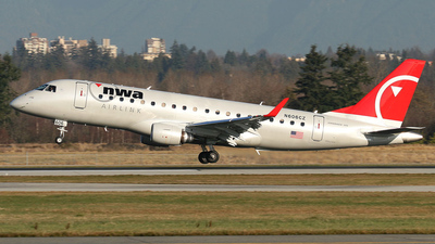 N606CZ - Embraer 170-200LR - Northwest Airlink (Compass Airlines)